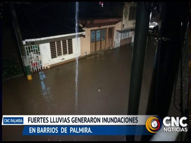 Las fuertes lluvias de anoche generaron inundaciones en diferentes barrios de Palmira.