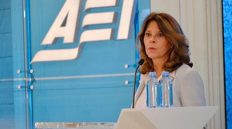 Martha Lucía Ramírez insiste en el uso de Glifosato en Colombia