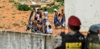 """""""Jugaron Fútbol"""" con la cabeza de los presos decapitados en cárcel de Brasil"""