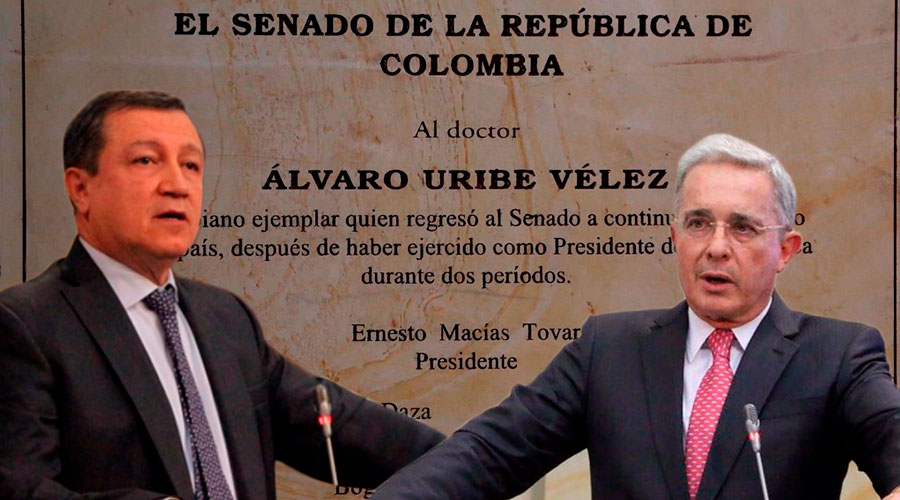 Macías la EMBARRÓ con error gramatical en la Placa que dedicó al Senador Uribe