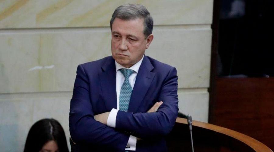 Se abre investigación a MACÍAS por impedir la intervención de la oposición el pasado 20 de julio