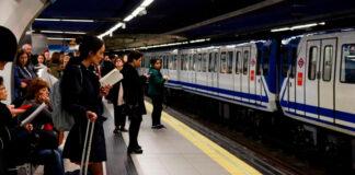 Hombre lanzó a otro a los rieles del metro de Madrid