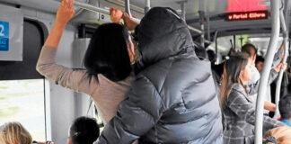Pervertido DEGENERADO acepta que rozó sus genitales contra mujer en TransMilenio