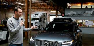 Exempleado de Google, acusado de revelar secretos a Uber sobre vehículos autónomos