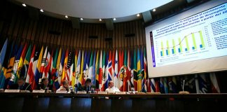 Ni endeudar al país, ni subir impuestos, recomienda CEPAL para Colombia