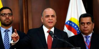 """Venezuela acusa a Guaidó y Duque del """"desmantelamiento"""" de la empresa petrolera Monómeros"""