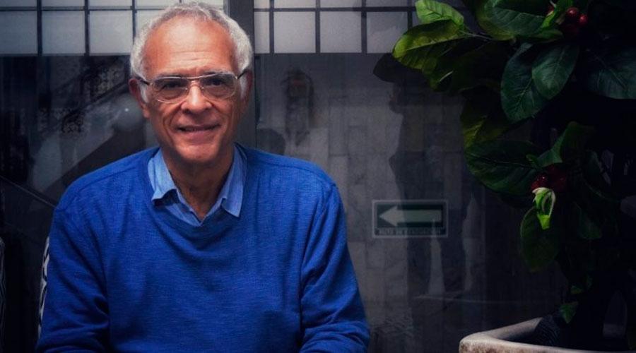 Académico y cineasta de la UNAM recibe en Rusia galardón considerado el 'Nobel' en cine