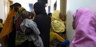 En Ratodero, Pakistán hay más de 900 niños infectados con VIH
