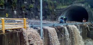 INTENSAS lluvias provocan cierre de vía Bogotá - Villavicencio