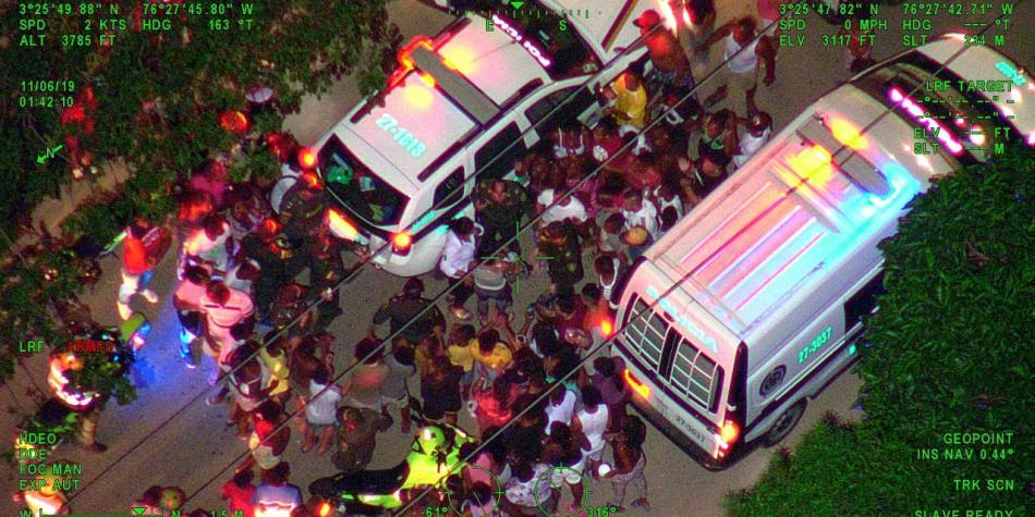 DOS NIÑOS que iban en bus ROBADO en Cali fueron rescatados por la policía