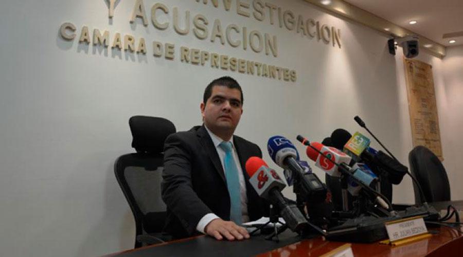 U. de Medellín NEGÓ haber entregado diploma IRREGULAR a senador Bedoya