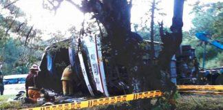 SEIS Muertos en accidente en la vía Cali - Medellín