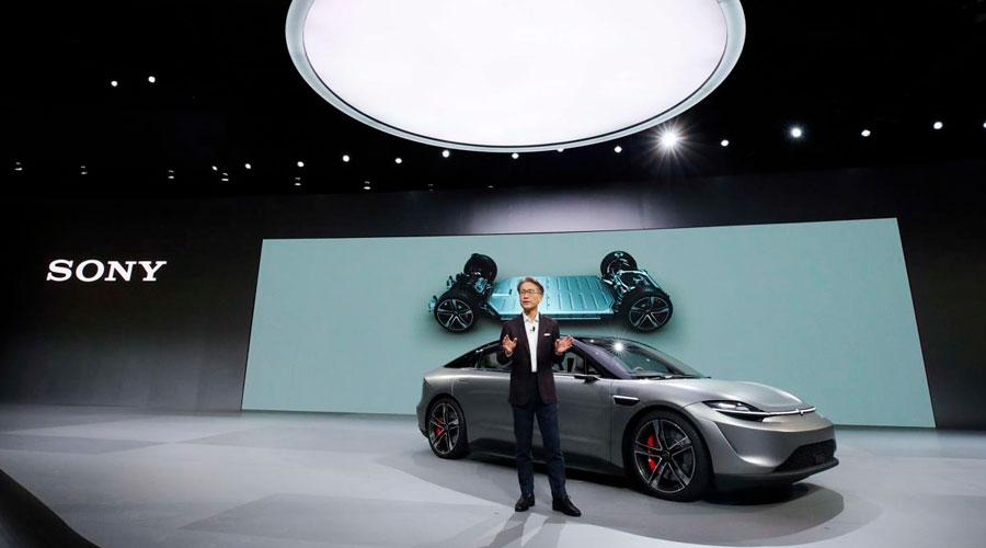 El primer auto de Sony: Eléctrico, con 33 sensores, inteligencia artificial y enorme pantalla