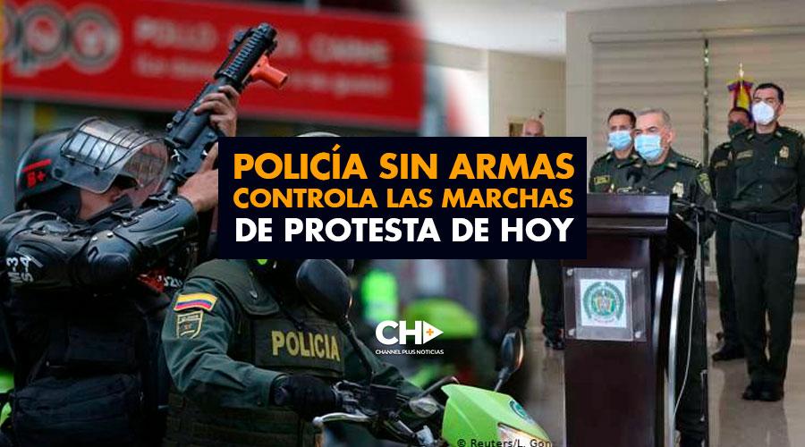 Policía SIN ARMAS controla las marchas de protesta de hoy