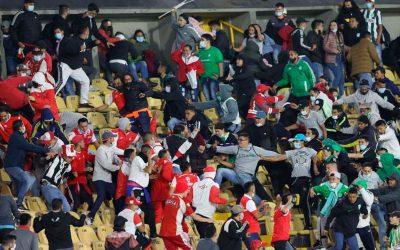 la furia de las barras bravas – la guerra alrededoR del fútbol