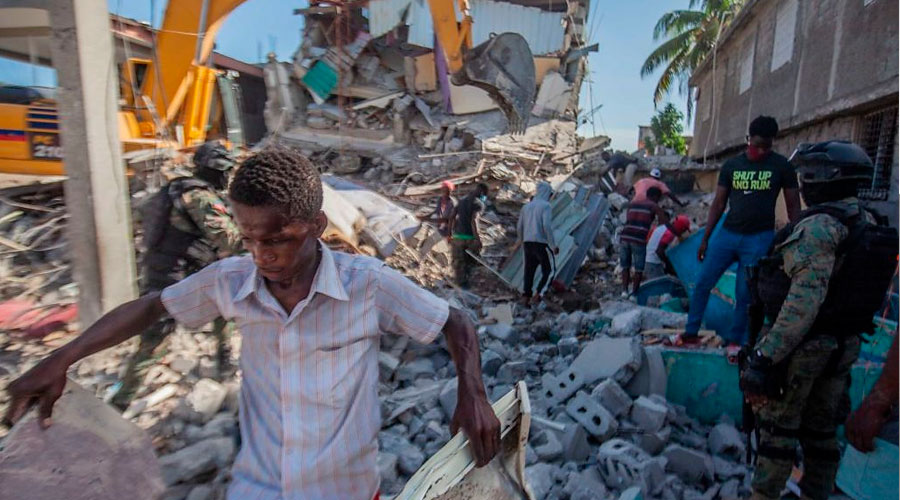 1.400 muertos en Terremoto de Haití