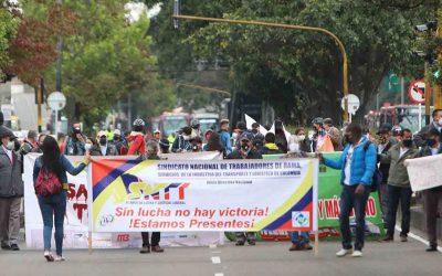 Trabajadores de Transmilenio protestan en  la Caracas