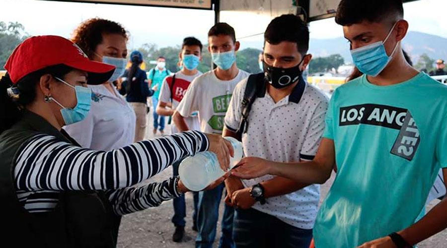 221 Venezolanos pasaron la frontera para presentar pruebas del saber